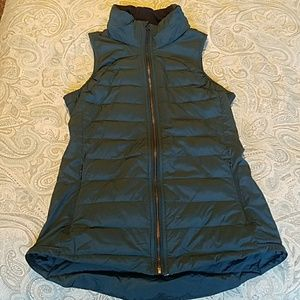 Lululemon athletica funnel neck goose down vest 4